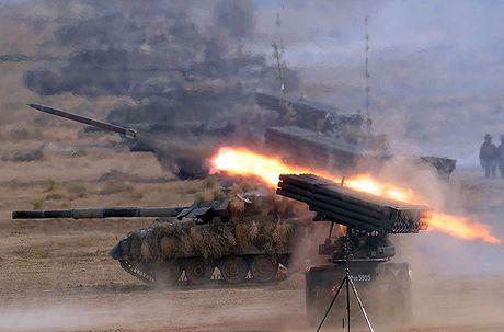 Dang long: Ukraine phai di nang cap xe tang Trung Quoc che tao - Anh 9