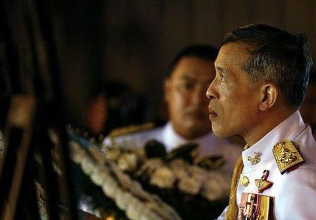 Hom nay: Quoc hoi Thai Lan moi thai tu lam quoc vuong - Anh 1