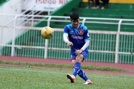 Tuyen Viet Nam tap kin truoc khi len duong di Indonesia da ban ket - Anh 14