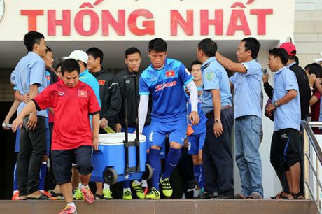 Tuyen Viet Nam tap kin truoc khi len duong di Indonesia da ban ket - Anh 2