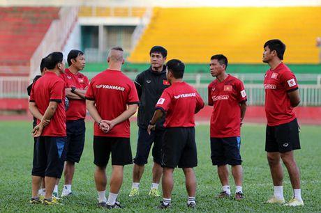 Tuyen Viet Nam tap kin truoc khi len duong di Indonesia da ban ket - Anh 6