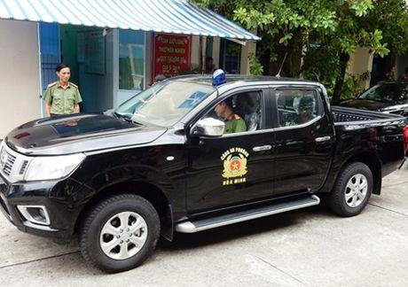 Da Nang chi 70 ty dong mua o to, xe may cho cong an 56 xa, phuong - Anh 1