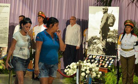 Cuba ban 21 phat dai bac bat dau le tang lanh tu Fidel Castro - Anh 1