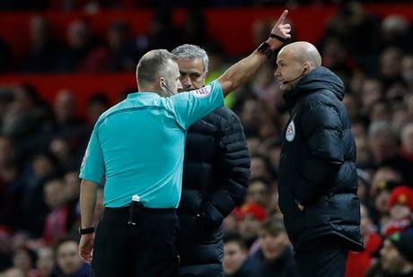 "Mourinho: Lac long, co don giua ""bay soi"" FA - Anh 4"