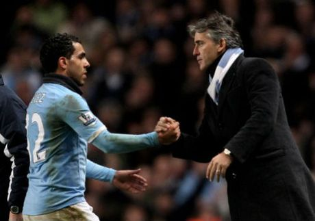 "Man City, Pep ""nan gan"" Aguero: Dung nghi minh la so 1 - Anh 2"