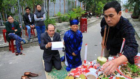 'Lam phat' to dan pho - Anh 2