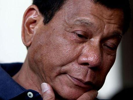 Tong thong Philippines lai 'gay su' voi phuong Tay - Anh 1