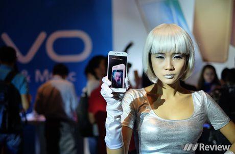 Vivo V5 ra mat: Camera selfie 20MP, gia 6 trieu dong - Anh 3