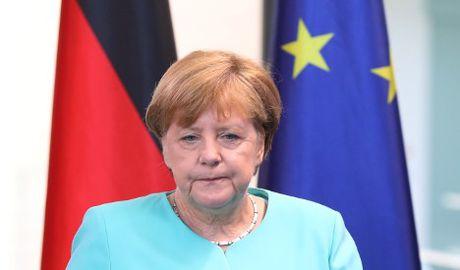 Neu khong thay doi, ba Merkel se that bai - Anh 2