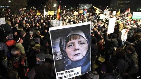 Neu khong thay doi, ba Merkel se that bai - Anh 3
