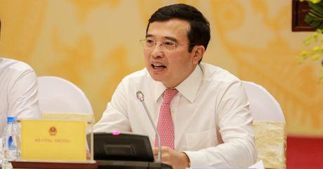 Bo Cong thuong bac tin thay hoan toan xang A92 bang xang E5 tu thang 6/2017 - Anh 1