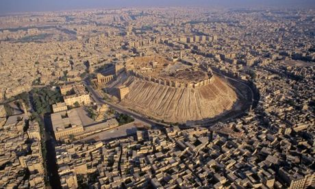 Tran Stalingrad Syria: Quan doi Syria tan cong don dap, giai phong 40% dong Aleppo - Anh 1