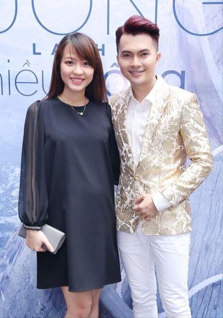 'Phat hon' voi nhung ong chong 'soai ca' cua showbiz Viet - Anh 18
