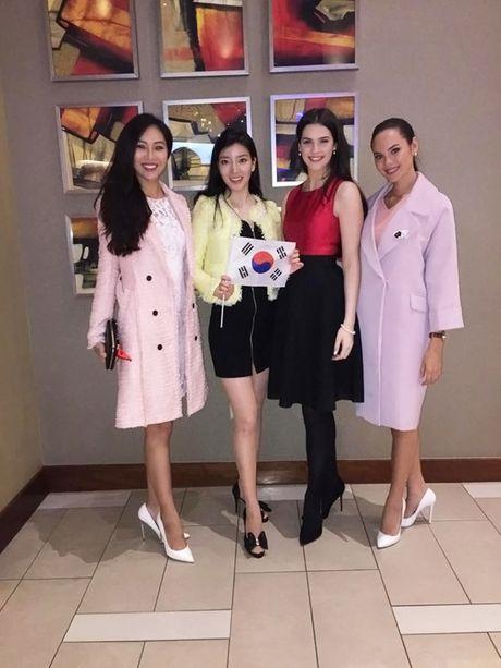 Qua tang dau gia tu thien y nghia cua Dieu Ngoc tai Miss World 2016 - Anh 3