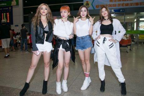 S Girls xinh dep cuon hut don DJ dien trai tu Ha Lan tham gia The Remix 2017 - Anh 1