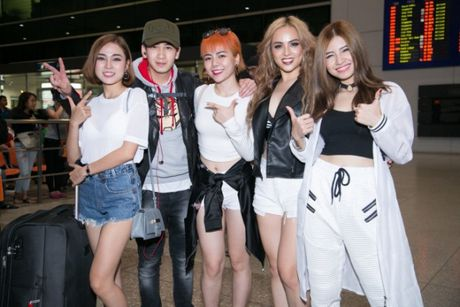 S Girls xinh dep cuon hut don DJ dien trai tu Ha Lan tham gia The Remix 2017 - Anh 7