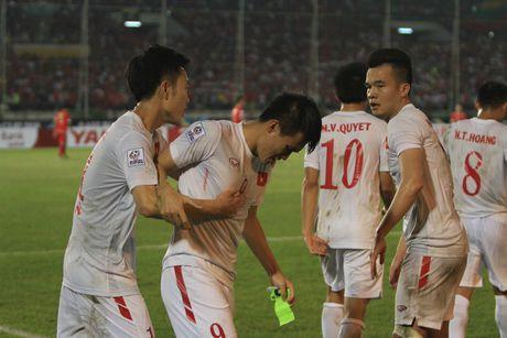 Le Cong Vinh: Hay la cau thu cua tran dau lon - Anh 2