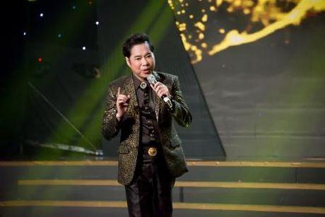 Dam Vinh Hung 'mang yeu' Vinh Thuyen Kim la 'con tieu yeu' cua showbiz - Anh 4