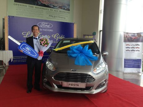 Can Tho Ford trao xe Ford Fiesta cho khach hang trung thuong - Anh 1