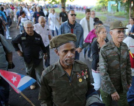 Nguoi dan Cuba tien biet lanh tu Fidel Castro - Anh 4