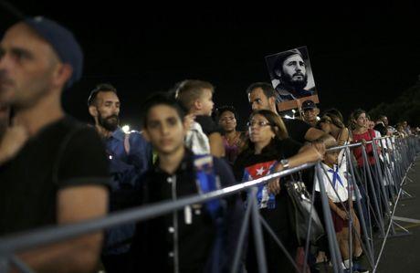 Nguoi dan Cuba tien biet lanh tu Fidel Castro - Anh 6