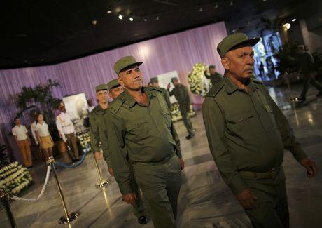 Nguoi dan Cuba tien biet lanh tu Fidel Castro - Anh 8