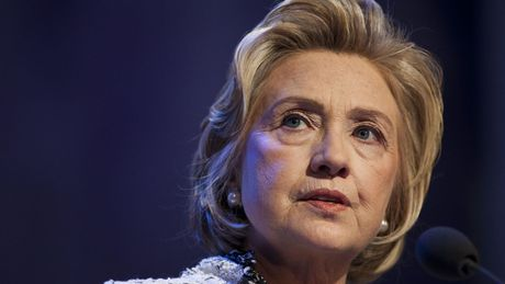 Ba Clinton se lai chay dua tong thong vao 2020? - Anh 1