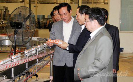 Pho Chu tich Le Ba Trinh tham va lam viec tai Nghe An - Anh 1