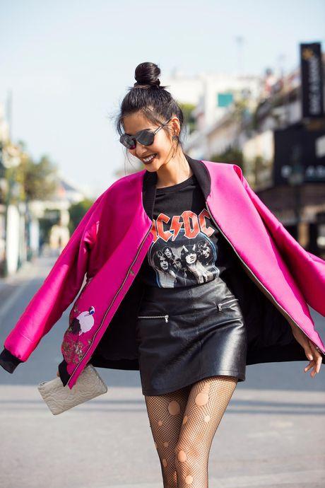 Loat fashionista Viet chuong sac hong trong street style - Anh 2