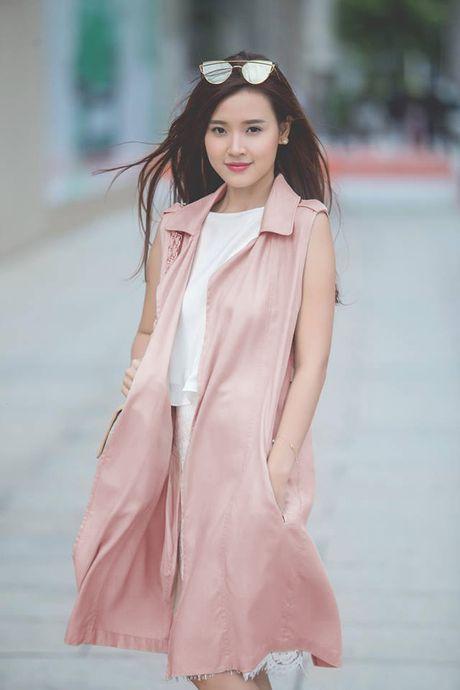 Loat fashionista Viet chuong sac hong trong street style - Anh 5
