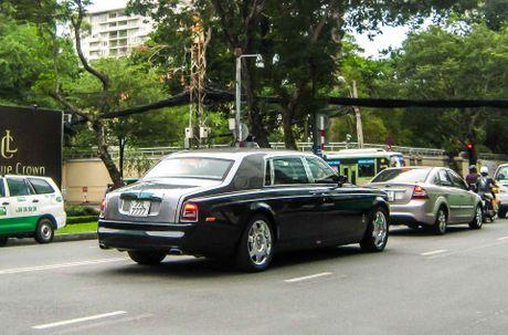 Rolls-Royce cua ba Bach Diep tai xuat o Sai Gon - Anh 8
