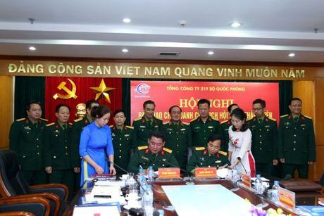 Dai ta Phung Quang Hai thoi chuc o TCT 319 - Anh 1