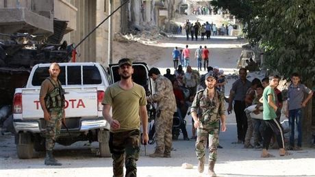 Quan Syria cuu 80.000 dan thuong, phuong Tay doi phat Nga - Anh 1