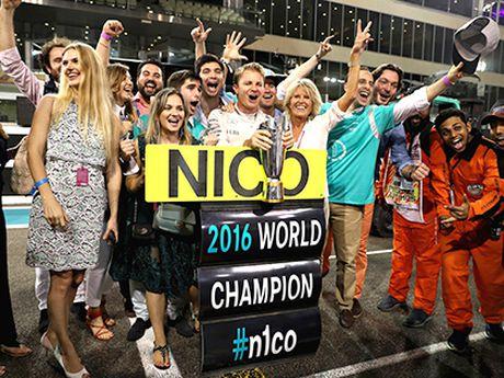 Nico Rosberg khong con phai nup bong Hamilton - Anh 1