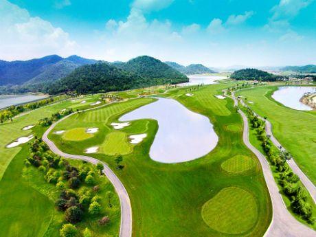 260 golf thu tham du giai BRG Golf Ha Noi Festival 2016 - Anh 3