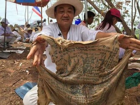 Phat hien xac xam kin nguoi, da con nguyen ven o Thai Lan - Anh 1