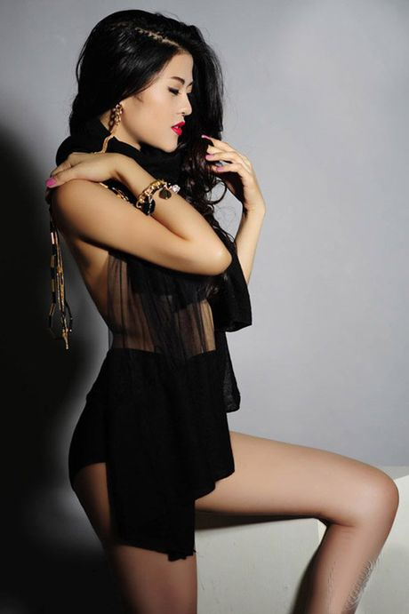 Nu DJ nong bong tu choi dai gia de yeu cuu tien dao Viet Thang - Anh 6