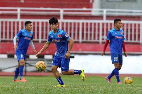 Viet Nam giu kin doi hinh truoc tran gap Indonesia tai ban ket AFF Cup - Anh 1