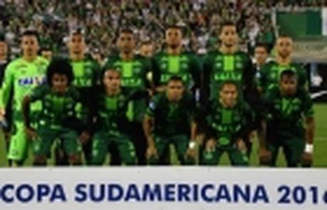 Dang so: CLB Brazil duoc tien doan se bi roi may bay - Anh 2