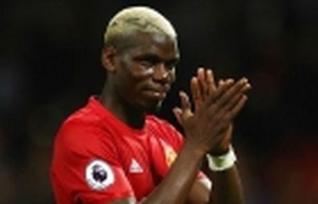 Mourinho bao tin vui cho CDV M.U giua tam bao - Anh 3