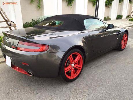 'Hang doc' Aston Martin V8 gia hon 3 ty dong tai VN - Anh 7