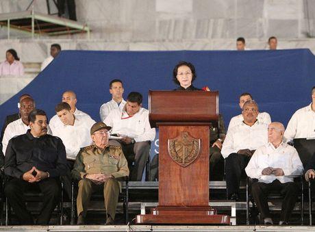 The gioi vinh biet lanh tu Fidel Castro - Anh 1