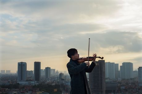 Diva Ha Tran ve Viet Nam de 'hen ho' voi nghe si violin Hoang Rob? - Anh 4