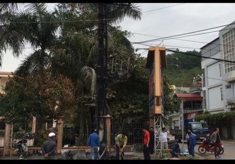Hai Phong: Tram bien ap bi thieu rui trong dem - Anh 1