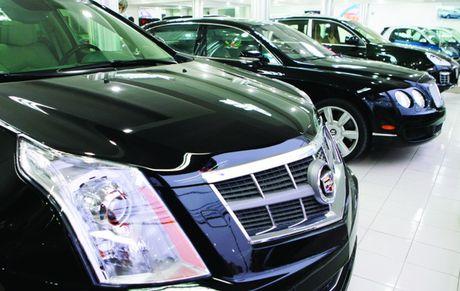 Bo Tai chinh yeu cau xu ly Cong ty Au Chau lam ho so gia ban xe BMW nhap - Anh 1