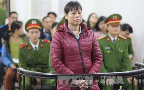 Hinh phat nghiem cho ke loi dung tu do dan chu de gay roi trat tu - Anh 1