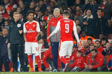 Arsenal – Southampton: Doi thu kho chiu - Anh 1