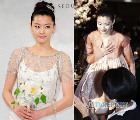 Giat minh boi do dep trai, giau co cua chong 'nguoi ca' Jun Ji Hyun - Anh 11