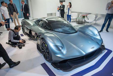 Sieu xe dat nhat the gioi Aston Martin AM-RB 001 co gi dac biet? - Anh 3