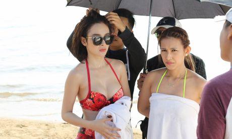 Angela Phuong Trinh khoe dang voi bikini o dao Tuan Chau - Anh 3